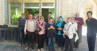 بازدید گردشگران از حسینیه و سقاخانه